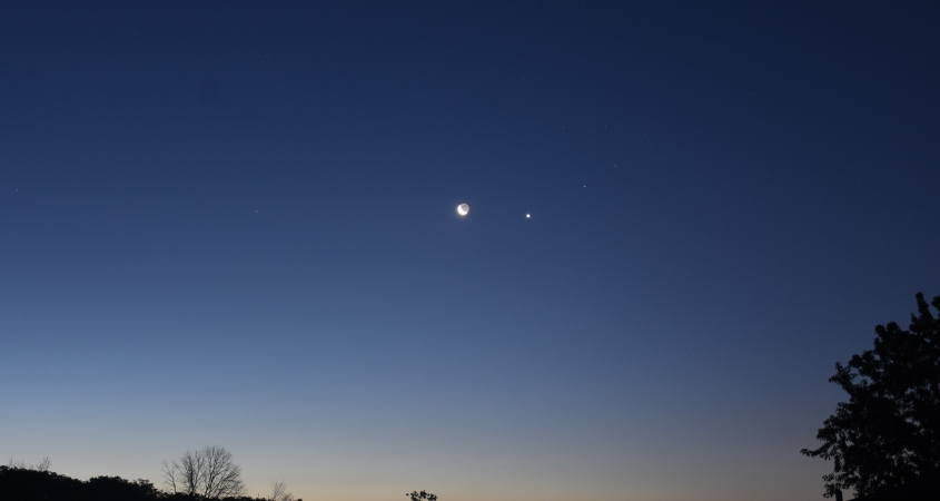 Crescent Moon, Venus, and Aldebaran, July 17, 2020
